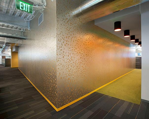 8-orange-acent-wall